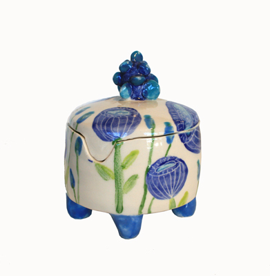 BLUE FLOWERS WITH BLUE LEGS & BLUE KNOB BOX, MARIA COUNTS