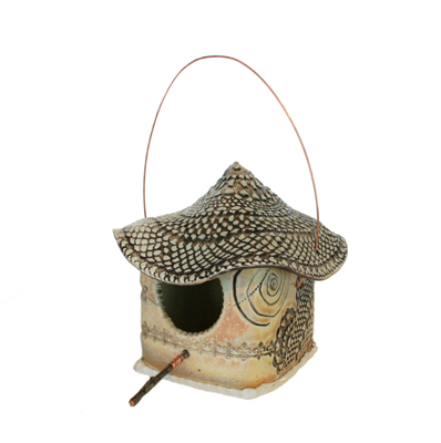 BIRDHOUSE WITH LACY WAVY ROOF, LISA MERTINS