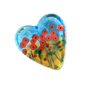Robert Held glass heart paperweight